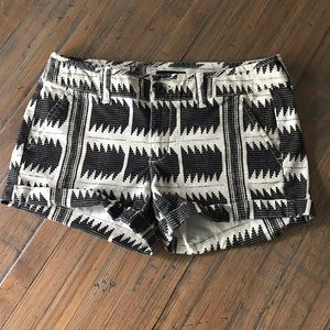 American Eagle Outfitters size 2 Midi shorts